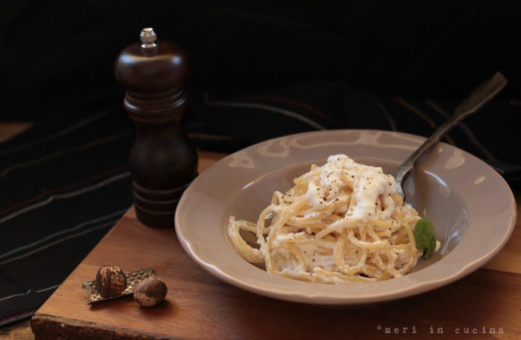 Spaghetti con la ricotta, piatto tipico romano