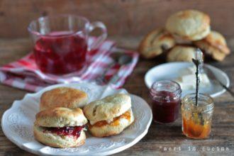 buonissimi paninetti inglesi da servire con il tè